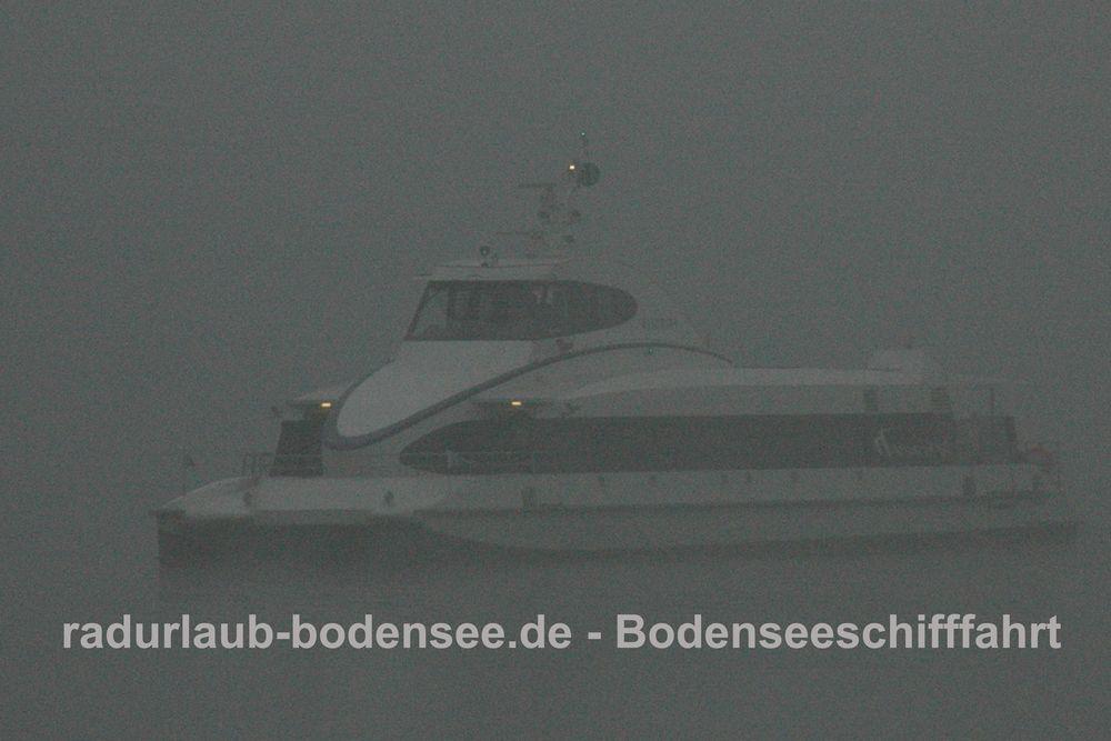 Bodenseeschifffahrt - Katamaran Konstanz-Friedrichshafen
