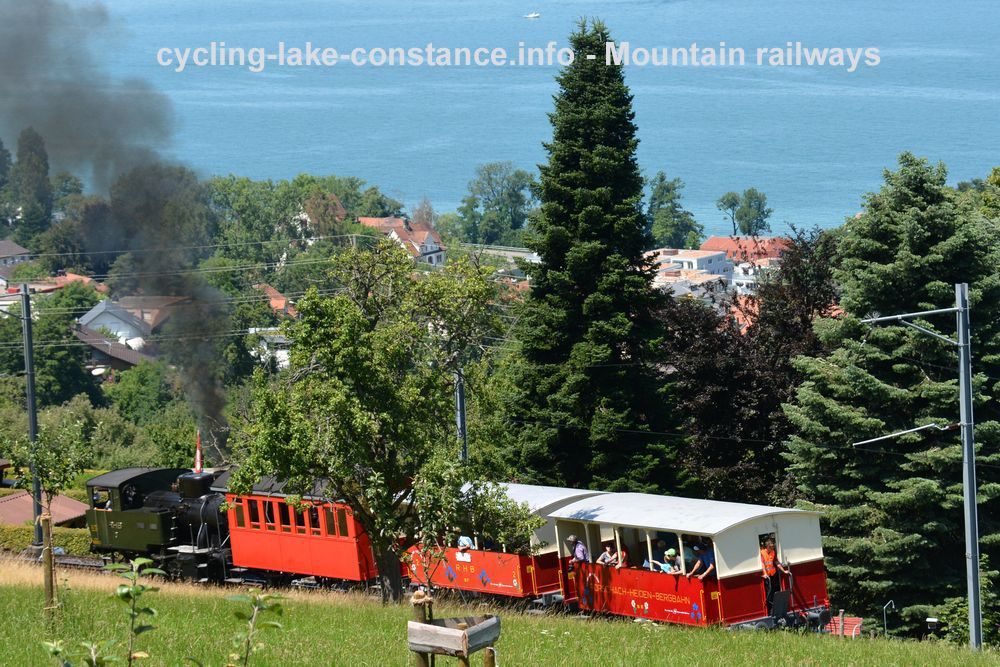 "Cycling along Lake Constance - Steam engine ""Rosa"""